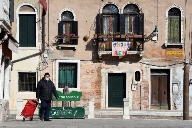 Venice slowly comes back to life under local 'soft lockdown' rules
