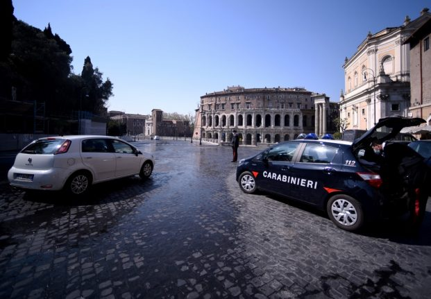 Police tighten quarantine controls over Easter as Italians lower their guard