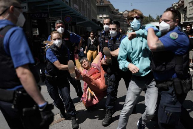 Police forced to shut down coronavirus protests in Zurich and Bern