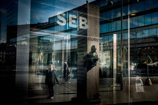SEB handed one billion kronor fine over failures to fight money laundering