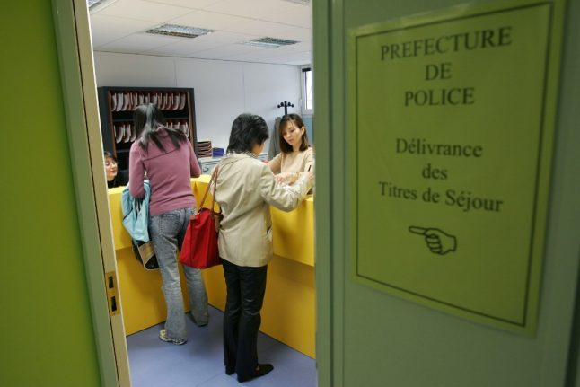 Préfectures in France reopen for appointments for residency permits