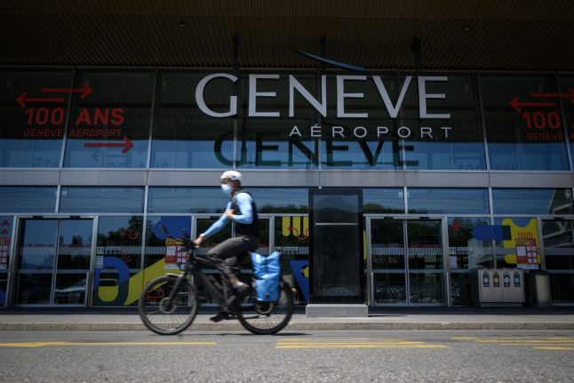 Geneva extends 'temporary' bicycle lanes until September
