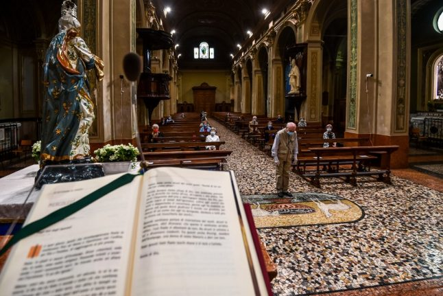 Pope warns Italy's priests to stop charging for weddings and funerals
