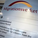 How many people are expected to apply for Swedish work permits in 2020?