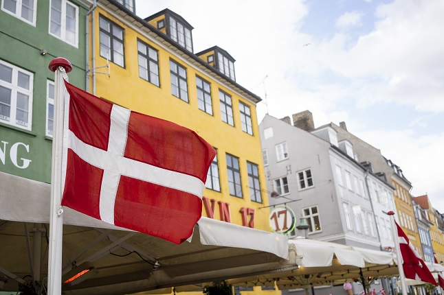 Sweden scraps travel warning for four European countries