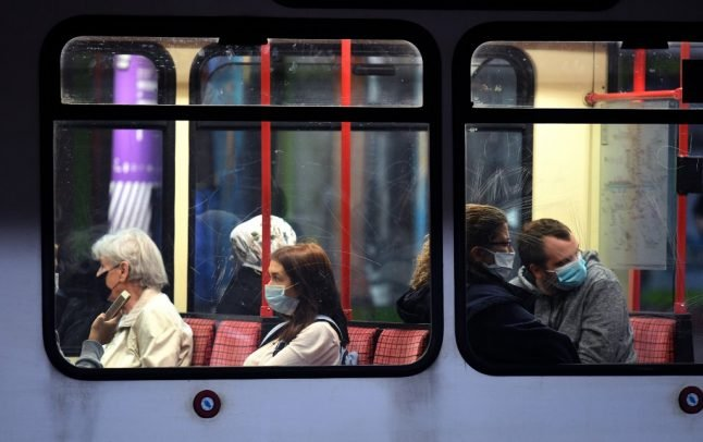 Q&A: What impact will Switzerland's mask rule for public transport have?