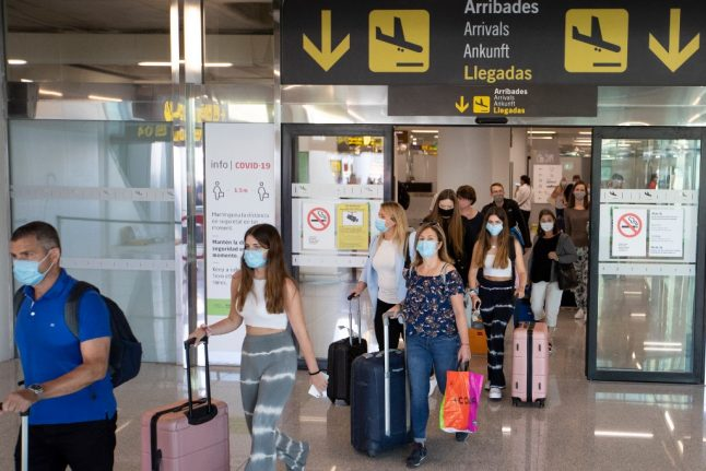 UPDATE: What's the official advice for confused British holidaymakers in Spain?