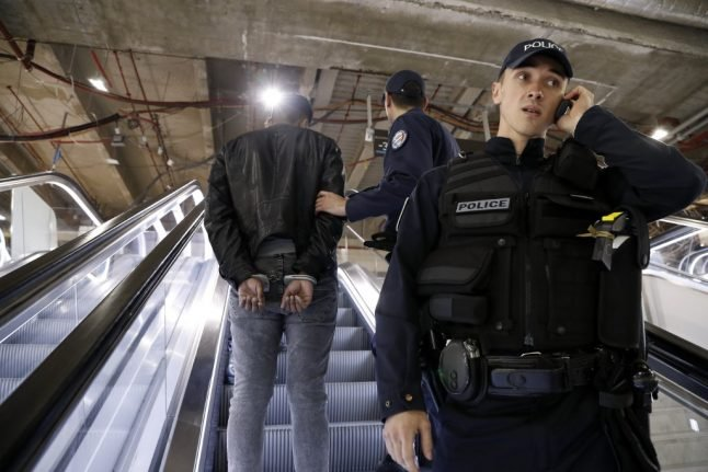 Paris pickpocket victims can now file a complaint in Metro stations