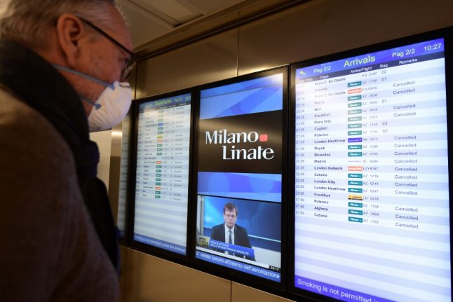 EU warns Italy for failing to refund cancelled flights in cash