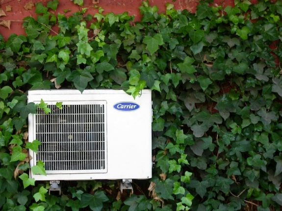 How much does it cost to have air conditioning at home in Spain?
