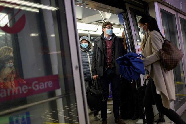 'We were yelled at': Foreign residents in Switzerland speak of mask abuse