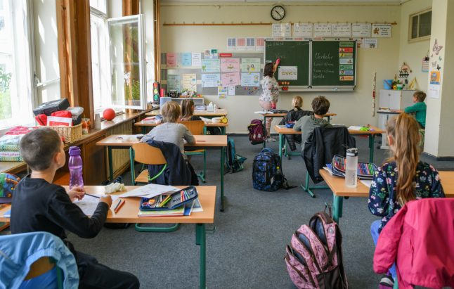 Corona generation in Germany 'faces drop in income' due to school closures
