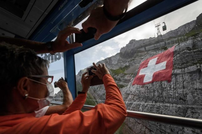 'German speakers half as likely to wear masks': Pandemic highlights Switzerland's cultural divide