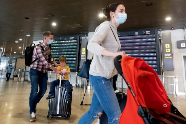Switzerland slaps mandatory quarantine on travellers from UK and 14 other countries