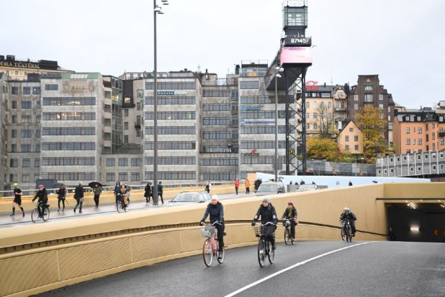 In Pictures: Golden Bridge officially opens over Stockholm's iconic junction
