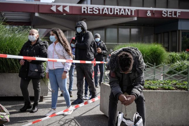 Switzerland: Should people be fined for refusing to wear masks?