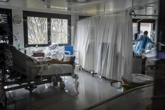 EXPLAINED: Are there really no free ICU beds in Switzerland?