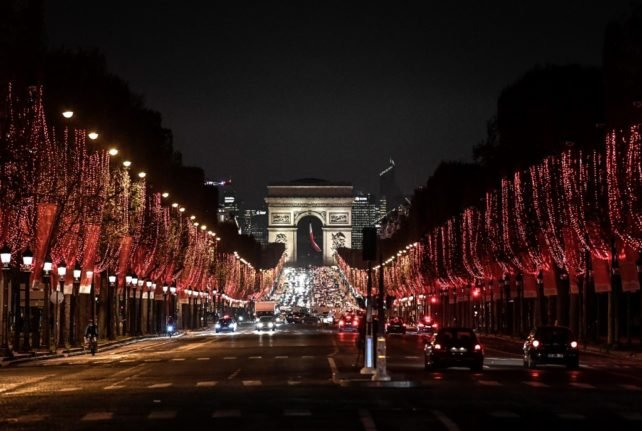 Who will be able to travel to France this Christmas?