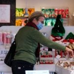 Here's how you can earn cashback on your Christmas shopping in Italy
