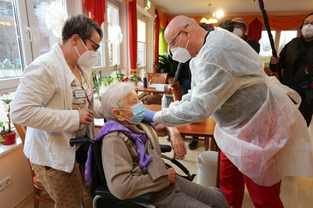 101-year old woman first to get vaccine in Germany
