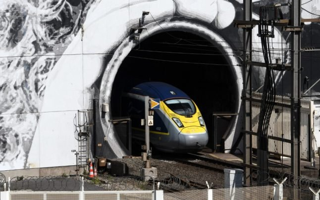 Eurostar in 'critical condition' after collapse in travel between UK and France