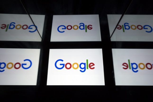 Google signs deal with French newspapers over paying for content