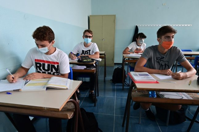 Concern grows about distance learning as Italy extends high school closures