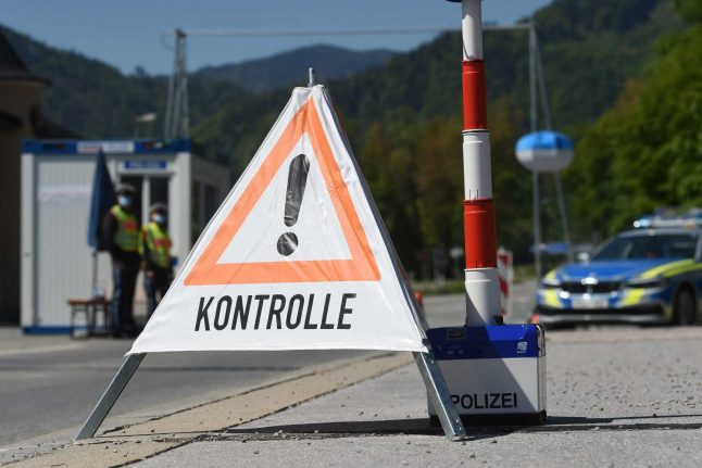 UPDATED: Everyone crossing Austria's border now required to register