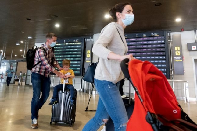 Switzerland to impose quarantine on travellers from south-eastern France