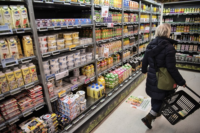 Sweden's income gap grows as more people than ever are at risk of poverty