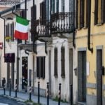 What's the difference between Italian residency and citizenship?