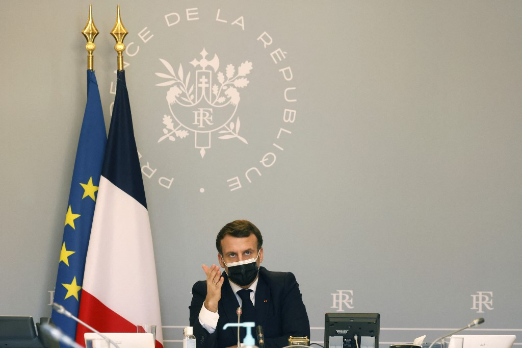 Macron announces €1bn security package after cyberattacks on French hospitals