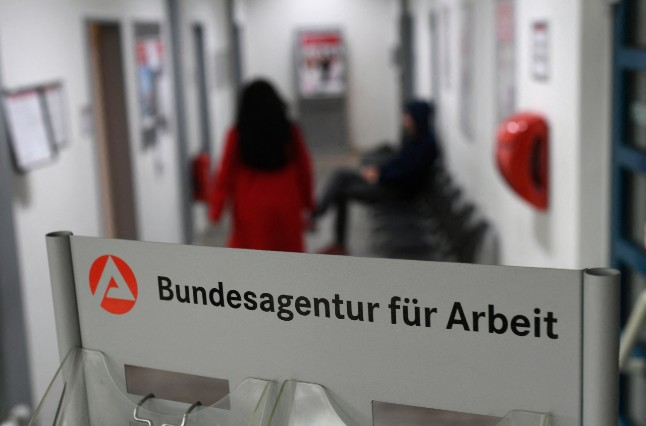 How the pandemic pushed Germany's 'mini-jobbers' to the brink