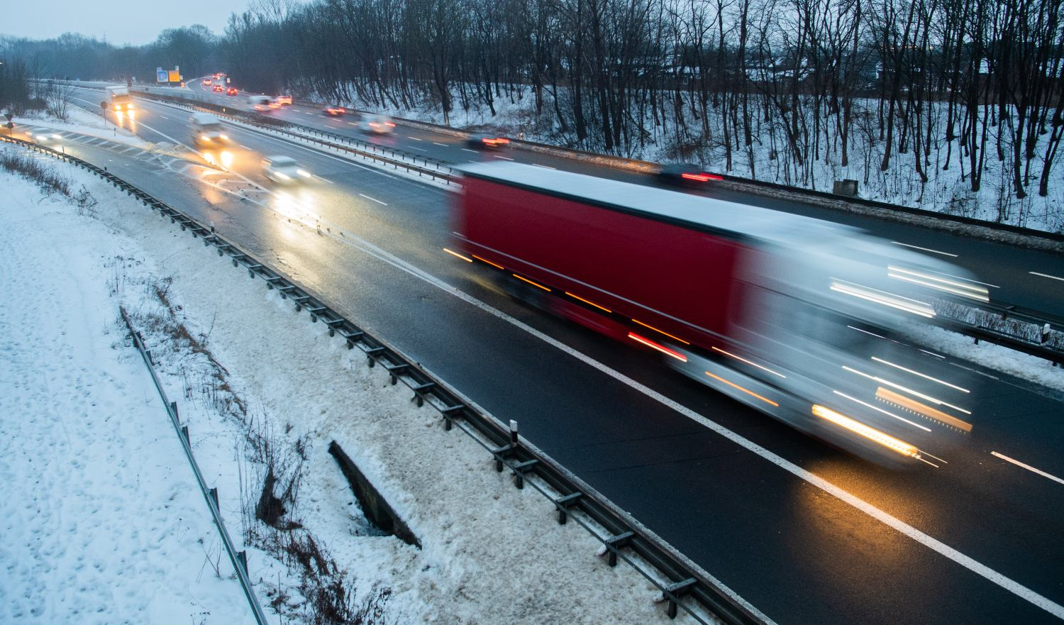 Icy weather causes accidents in Germany as cold spell set to end