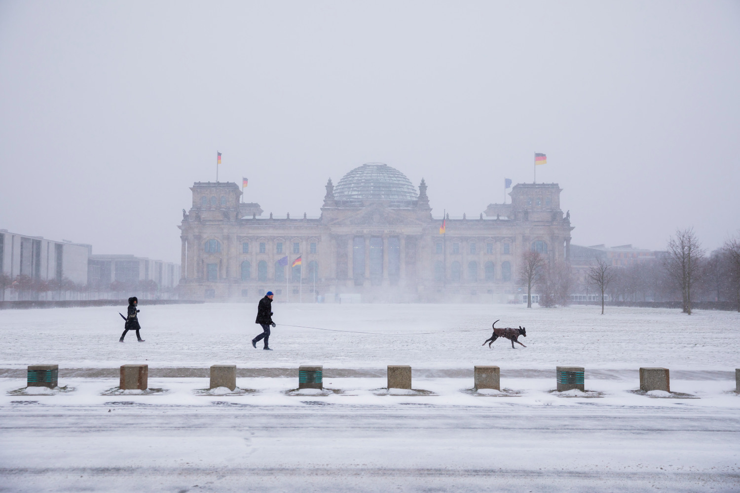 IN PICTURES: Snow and bitterly cold temperatures hit Germany