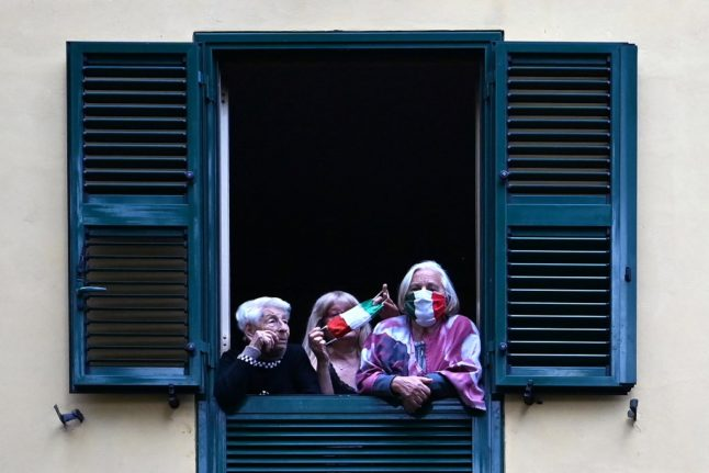 19 unforgettable photos from a year of lockdowns in Italy
