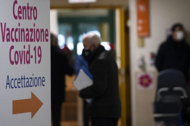 Italy says diplomats and Italians who live abroad can get vaccinated without a health card