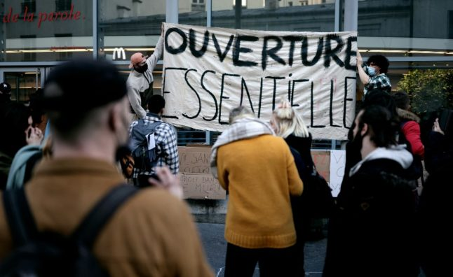 Protesters occupy French theatres to demand an end to closure of cultural spaces