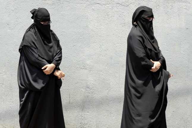 EXPLAINED: What impact will the burqa ban have on Switzerland?