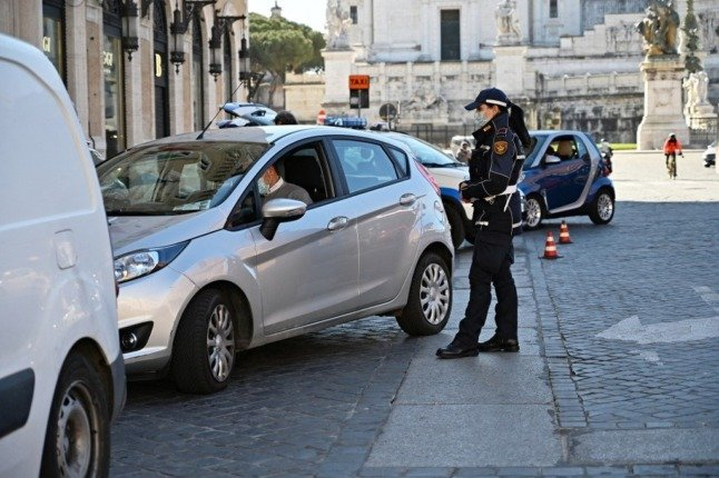 Brexit: 'Negotiations continue' on UK and Italy driving licence agreement, minister confirms