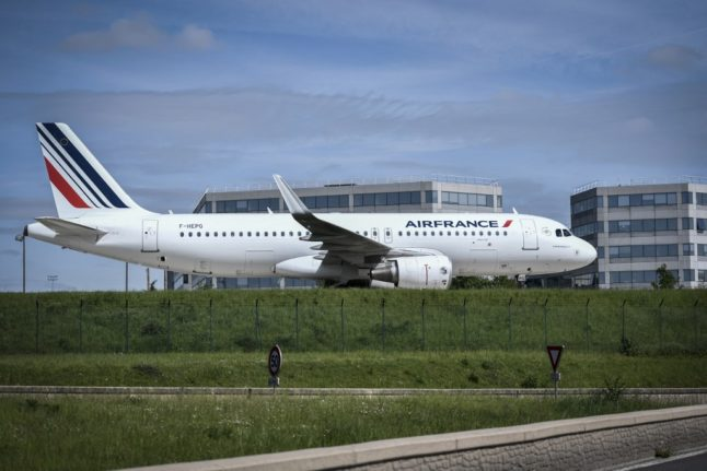 France suspends all flights to and from Brazil over Covid variant fears