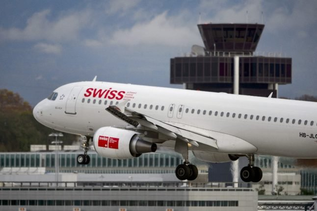 Swiss airlines and unions unite to demand return of air travel