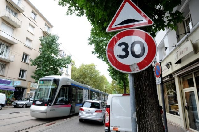 REMINDER: Why you now have to drive at 30km/h on most roads in Spain
