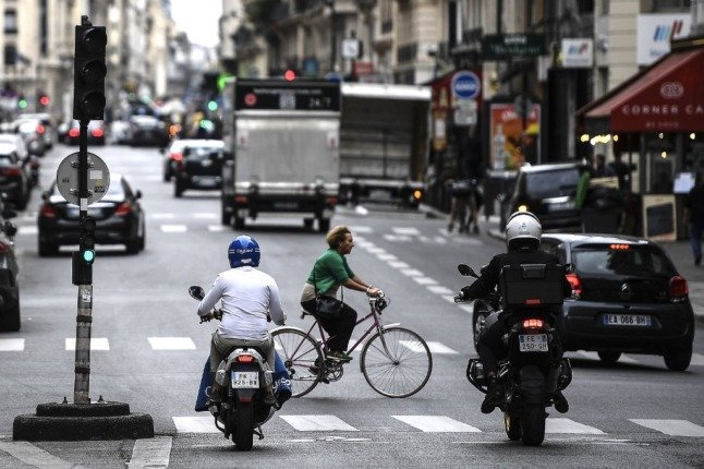 Central Paris could be almost car free by 2022