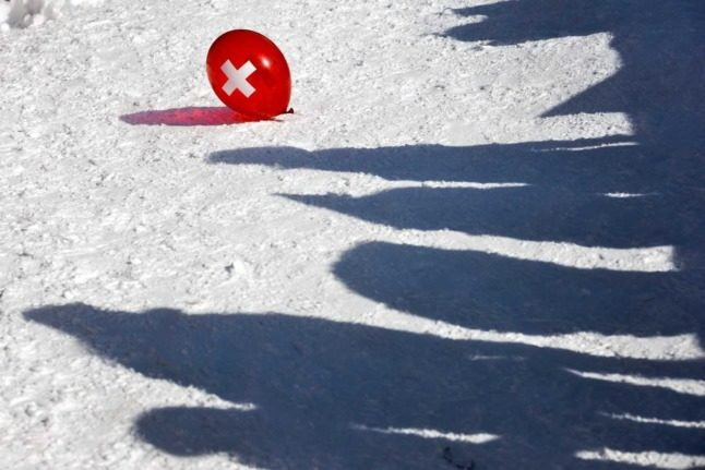 Why is Switzerland rated poorly by its international residents?