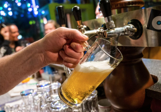 EXPLAINED: How you can visit a bar in Berlin from Friday