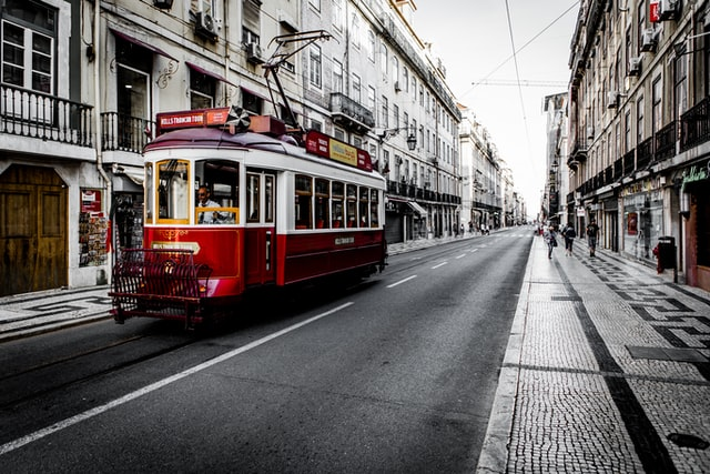 UPDATE: What are the new rules for travelling to Portugal from Spain?