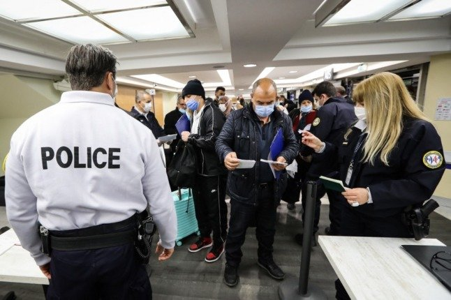Who is allowed to enter France under rules on 'essential' travel?