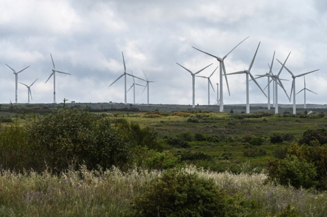EXPLAINED: Why has wind become such a hot political topic in France?