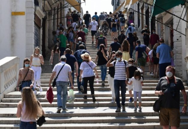 Covid-19: Four more Italian regions turn 'white' on Monday as numbers drop again